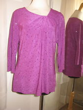 SUSAN GRAVER VIOLET  POLY & SPANDEX KNIT ¾ SLEEVE TOP WITH PAILETTES SZ M, NEW