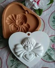 Stampo cuore con angelo in gomma siliconica per gessetti bomboniera segnaposto