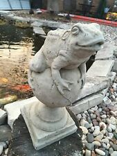 Frog On A Finial CEMENT STATUE CONCRETE Lawn Garden Decoration Ornament L@@K!