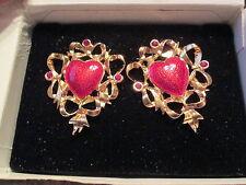 VTG.AVON FESTIVE HEART PIERCED EARRINGS GOLDTONE W/SURGICAL STEEL POSTS 1992*NIB