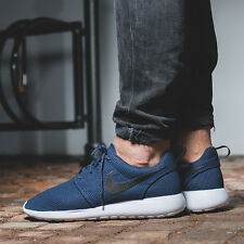 NIKE ROSHE ONE Running Trainers Shoes Gym Casual Rosherun - UK 12 (EU 47.5) Navy
