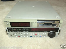 Sony DSR-2000P High-End Broadcast DVCAM Recorder (DV / miniDV), 2J. Garantie