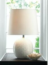FAIRFAX SMALL WHITE CERAMC BASE & FABRIC SHADE TABLE LAMP DECOR~10016959