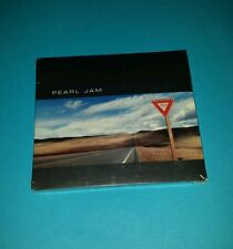 PEARL JAM - YIELD SEALED 1998 PROMO CD WITH STICKER ULTRA RARE FREE SHIPPING!!