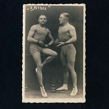 "CIRCUS ACROBATS ""2 ATHOS"" ZIRKUS AKROBATEN * Vintage 1920s Photo PC Gay Int"