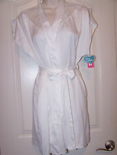 BETSEY JOHNSON Size Medium Sultry Satin Wrap - short Robe With Lace Insert