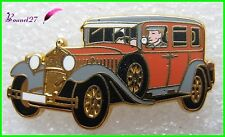 Pin's Voiture Car TYPE 460 NUREURG 1928 avec chauffeur Arthus Bertrand #A2