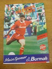 27/10/1992 Swindon Town v Oldham Athletic  . Item appears to be in good conditio