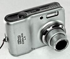 Nikon COOLPIX L4 4.0 MP Digital Camera w/2 new AA Batteries - (30467968)