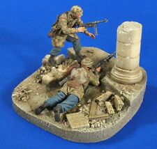 Verlinden 1/35 Fallschirmjäger at Monte Cassino Vignette w/Base (2 Figures) 2752