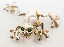 Cute Tree Frog Pin For The Collector Gold Tone Green Eyes