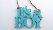 De Madera Baby Boy Colgante Decoración es un niño Azul Nuevo Bebé Etiqueta De Regalo