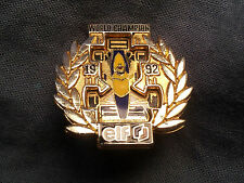 Pin's en relief Formule 1 Williams Renault Elf World Champion 1992 F1