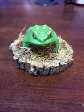 Painted Frog / Toad On Mossy Log - Folk Art - 1970's - Vermont