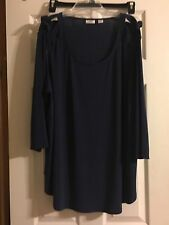 New Women's Top Size 22/24