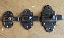 3 anciennes targette ou verrou serrure clé gâches pour placard  porte n11..