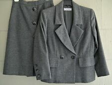 Yves Saint Laurent Rive Gauche YSL Gray Wool Timeless Skirt Suit-40-Paris,France