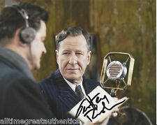 GEOFFREY RUSH HAND SIGNED AUTHENTIC 'THE KINGS SPEECH' 8X10 PHOTO w/COA ACTOR