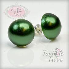 12 mm imitación de la mitad de perlas Stud o pendientes Clip. Plateado. Arco iris de colores