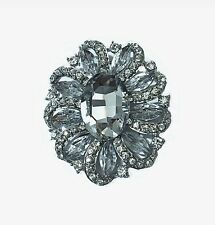 Shiny Vintage Bridal Silver & White Big Crystal Flower Corsage Brooch Pin BR200