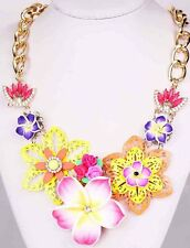 Woman Crystal Bib Statement pentand Chain Mixed Handmade chunky Flower Necklace