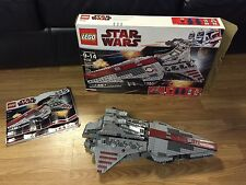 LEGO Star Wars Venator-Class Republic Attack Cruiser 8039 w Box No Mini-Figs