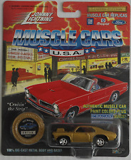 Johnny Lightning - ´72 / 1972 Chevy Nova SS goldmet. Neu/OVP