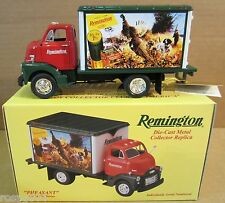"1st Gear Remington ""Wild Pheasant"" 1952 GMC Truck Game Bird Series DieCast 1:34"