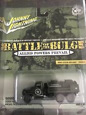 Johnny Lightning White Battle Of The Bulge WWII CCKW 6x6 GMC Tanker Truck