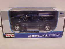2002 Dodge Ram Quad Pickup Truck Die-cast Car 1:27 Maisto 7.75 inch Blue