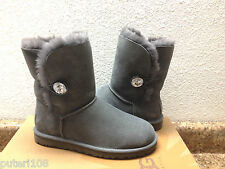 UGG BAILEY BUTTON BLING GREY GRAY US 9 / EU 40 / UK 7.5 - NIB