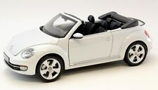 2013 Volkswagen VW Beetle Convertible White 1:18 Scale Diecast Kyosho 08812PW