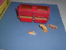 Chipperfields Circo Animale Rimorchio con 3 Famiglia Gatti Animali