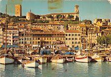 BR1123 Cannes un coin du port le quai St Pierre et le Suquet ship bateaux france