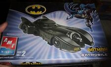 AMT BATMAN BATMOBILE 1/25 Model Car Mountain KIT FS 38039