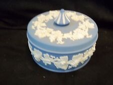 LARGE WEDGWOOD  BLUE JASPERWARE ROUND GRAPEVINE COVERED CANDY DISH/ DRESSER BOX