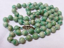CHINESE VINTAGE APPLE GREEN JADE BEADED NECKLACE, SILVER CLASP, 23g