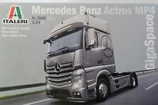 ITALERI 1:24 KIT TRUCK CAMION  MERCEDES BENZ ACTROS MP4 GIGASPACE  ART 3905