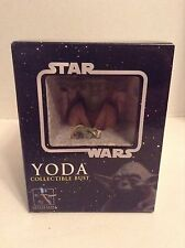 Star Wars Yoda collectible mini bust Gentle Giant 2006