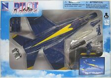 NEWRAY PILOT MODEL KIT MCDONNELL DOUGLAS F/A-18 HORNET BLUE ANGELS #2 1:72 Scale