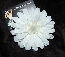 1940S STYLE  PIN-UP BRIDESMAID WEDDING  PURE  WHITE FLOWER HAIR CLIP