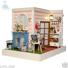 DIY Handcraft Miniature Project Dolls House LED Lights Cindy's Summer House Kit
