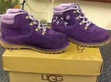 UGG PAYSON PURPLE INFANT SIZE UK 9 WORN TWICE COMES WITH BOX AND PACKING