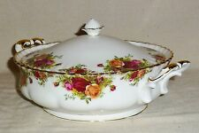 Royal Albert Old Country Roses Gold Trim Covered Vegetable Bowl