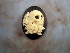 40x30mm Skull With Roses Cameo (1) - L858-1  Jewelry Finding