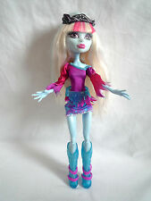 MONSTER HIGH DOLL / ABBEY BOMINABLE MUSIC FESTIVAL DOLL WITH BANDANA