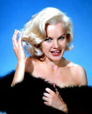 Carroll Baker UNSIGNED photo - C533 - SEXY!!!!!