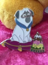 DSF DSSH Disney Pin Traders Delight Pocahontas PTD Percy GWP Le 300 Pin