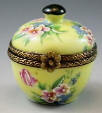 French Rochard Peint Main Limoges Porcelain Trinket Box Yellow w/ Flowers No Res