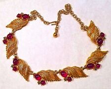 ELEGANT! Rare VTG Hattie Carnegie  Gold Tone Leaf Flower Red Moon Stone NECKLACE